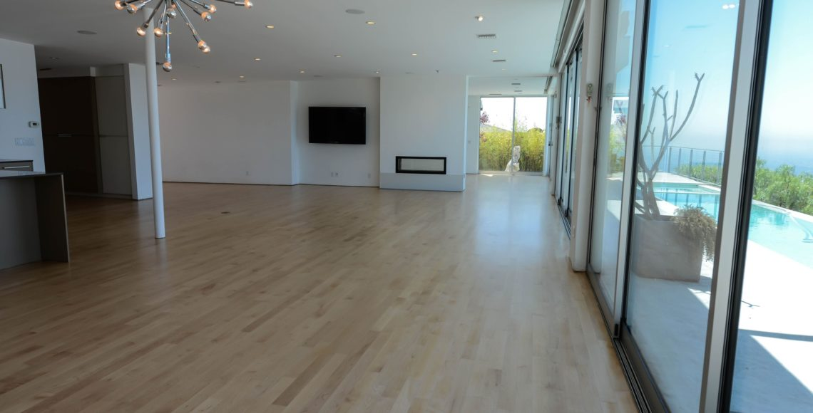 Hollywood-hills-refinishing-maple-floors