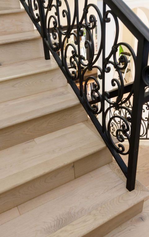 Empire oak glue down