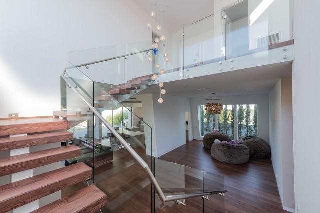 Laminate-Flooring-Installer