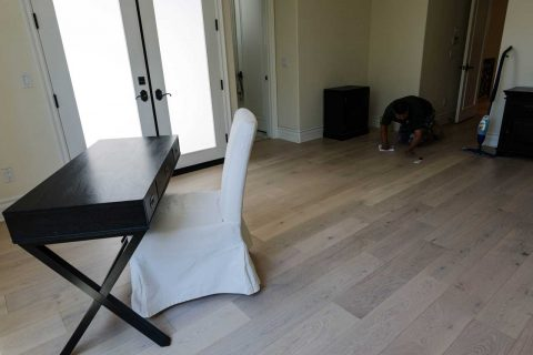 Encino Empire oak Glue Down